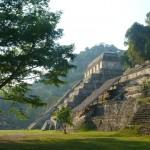Tempel in de Mayastad Palenque (Yucatan)